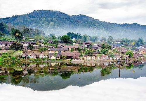 Manche Dorfer im Norden sind nur zu Fu?, im Boot oder per Elefanten zu erreichen.
